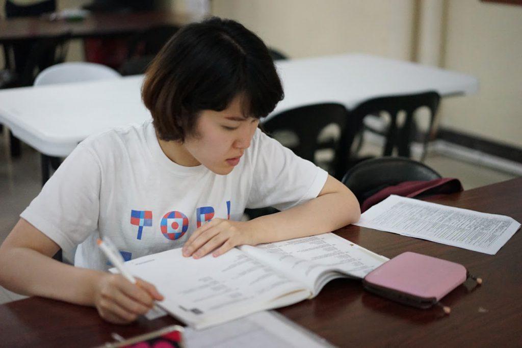 サウスピークでは英語力を伸ばすために、自習学習を義務化しています。